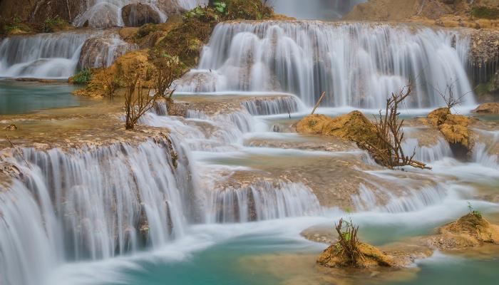 Waterfalls3 400x700