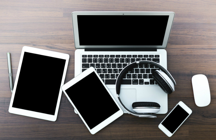 devices-452x700
